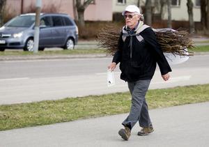 Bernt Josefsson på vandring. FOTO: PER GROTH