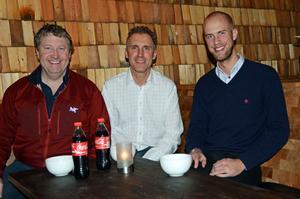 Sälenkrögarna Jonas Persson och Anders Sessler tillsammans med riksdagsman Carl-Oskar Bohlin (M) från Borlänge diskuterade förväntade effekter då restaurangmomsen kommer att sänkas.