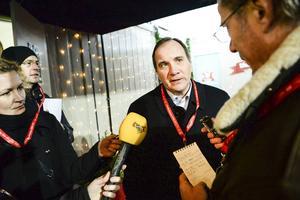 Statsminister Stefan Löfven kämpar för att behålla regeringsmakten.