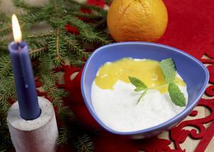 Risgrynsgröt med apelsinchutney är en annorlunda tolkning av gröt.