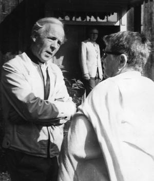 C H Hermansson på besök i Rengsjö år 1974.