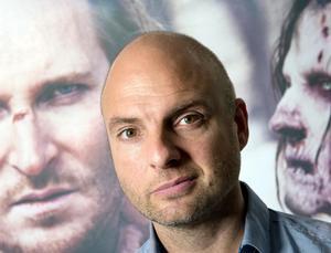 Regissören Linus Tunström anser att Per Anders Fogelströms Stockholmsböcker är fortsatt relevanta för vår tid.Foto: Lars Pehrson/SvD/Scanpix