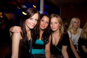 Jonna, Madde, Jennifer (Pluto)