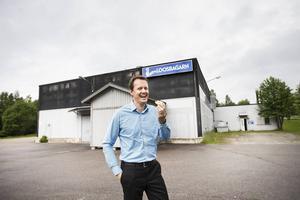 2013 övertog Jan-Eirik Johansen, bilden, och Olle Olmårs Loosbagarn, som nu kan fira 100 år.