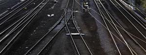 Statistiken vad gäller dödsfall i närheten av järnvägsspår börjar se ljusare ut.Färre personer dog förra året jämfört med året innan.