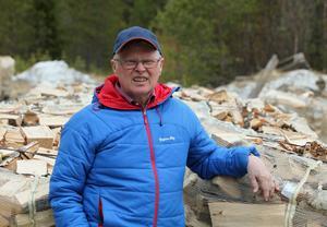 Gottfrid Jonsson har varit en mångsysslare under sitt arbetsliv. Mest känd för härjedalingarna blev han förstås som kommunalråd.