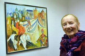 Elvy Frithiof vid en tidigare utställning (detta verk finns inte i den aktuella utställningen.)