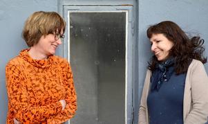 Gaddar och bissingar. Alva Marlen Ljusberg och Åsa Domeij vill ha in människors berättelser om tänder.