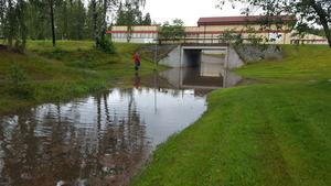 Nya Björksätrabadet? Tunnel i Sandviken efter översvämning.
