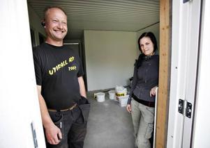 Mejeri-historien på Coop visade Larsa Hillbom och Andrea Wiik att kunder gärna efterfrågar närproducerat och ekologiskt. I slutet av september öppnar de gårdsbutiken.