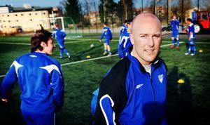 Anders Olsson ser fram emot att starta säsongen med fjolårets kometlag Rengsjö.