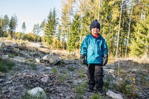 Waldemar Fredriksson hade kört fyrhjuling ut i skogen med pappa Peter för att titta på rally.