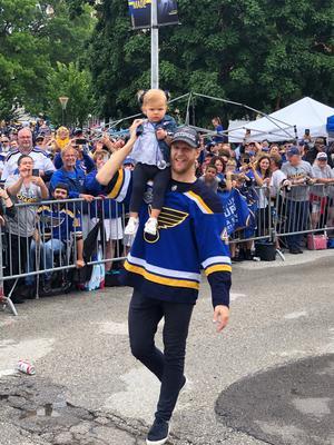 Paraden i St Louis var något alldeles galet. Jag tänkte