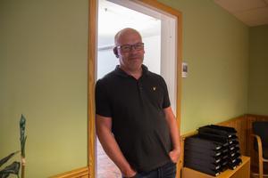 Ronny Bertilsson är ägare av företaget Ina frakt och upplever, precis som enkäten visar, att det är svårt att hitta arbetskraft.