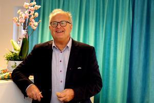 Ånges kommunalråd Sten-Ove Danielsson (S) vill inte kommentera förslaget men säger att han är glad att samtalen  om Backetjärn fortsätter.