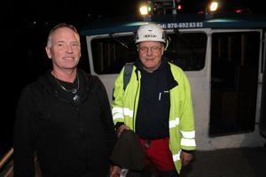 På lördagskvällen kunde Allan Karlsson avsluta arbetsdagen vid Räfsnäs brygga efter att Vattenfalls Ingemar Lindström  har felsökt säkringar i ytterskärgården.
