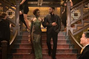 T'Challa (Chadwick Boseman) med sin krigare Nakia  (Lupita Nyong'o) i filmen