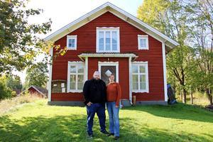 På söndag kommer Christian Vargahed och Ida Öberg, som medverkar i tv-serien Tjuv och polis, att ha ett event vid Kårbergs kulturhus.
