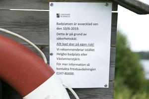 Badet finns numera inte med på kommunens hemsida och en skylt vid stranden talar om att badet är  avvecklat.