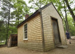En reproduktion av Thoreaus stuga vid Walden. Foto: AP/Elise Amendola