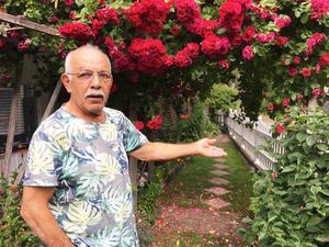 """""""Men herregud, jag har bott här i 32 år, ändå lät de mig betala en halv miljon kronor mer"""", säger en besviken Habib Issa."""