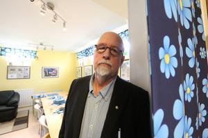 SD:s länsordförande Benny Rosengren kommer vara tillgänglig för kommentarer under valkvällen. Men media är inte välkomna in till partiets valvaka i Grängesberg.