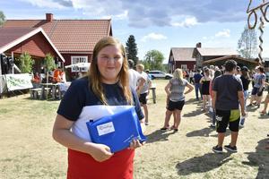 Nora Sova från Surahammar vann en fri körkortsutbildning.