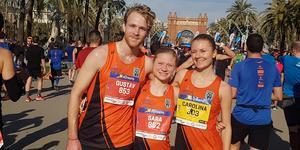 Gustav von Heijne, Sara Smith och Carolina Wikström genomförde halvmaran i Barcelona under helgen – med stor framgång.