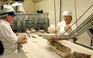 Bageriet har en lång historia. Så här såg det ut i bageriet för drygt 10 år sedan. Foto: Arkivfoto.