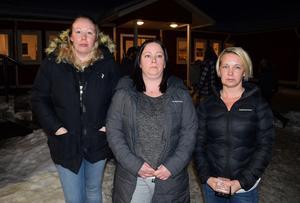 Många föräldrar kände sig överkörda efter mötet, från vänster Madelene Dalkvist, Annelie Norman och Catharina Forsman.