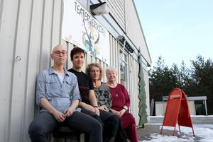 Erika Ehnebom, Maria Marre Gustafsson, Kärstin Leander och Ragnhild Hanes säger alla att de vill vara kvar i huset, men om det är möjligt får den närmaste framtiden utvisa.