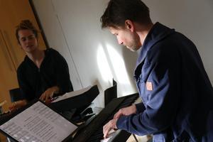 Hans Appelqvist, som skriver musiken till