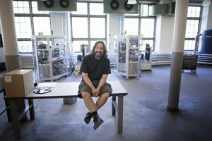 Pedro Ferreira är vd för Spinroad vinyl factory. Foto Björn Larsson Rosvall / TT
