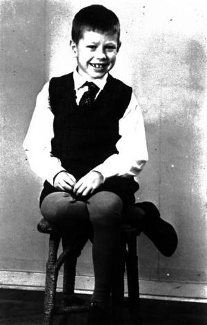 När Lennart var åtta år avskydde han sjuksystern Stina som straffade honom med både slag och isolering.