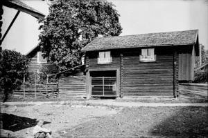 Bybebyggelse i Färnäs fotograferad kring 1920. Foto: Karl Lärka/Mora Bygdearkiv