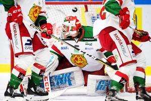 Mattias Pettersson hade en tung kväll mot Malmö. Foto: Avdo Bilkanovic/Bildbyrån