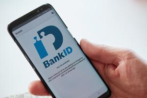 Logga aldrig in med bank-id eller bankdosa på uppmaning av någon annan.