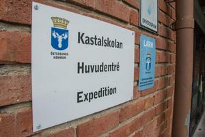 Det finns förslag på att bygga om Kastalskolan i Brunflo och ge plats för en 4-parallellig skola med årskurs 4 till 9.