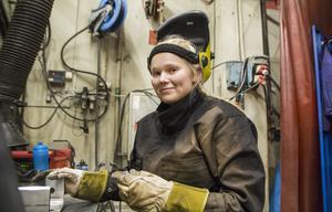 Frida Nilsson var ensam tjej i klassen på industriprogrammet, vilket hon inte hade något emot att vara.