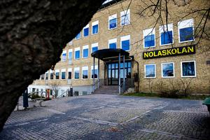 Örnsköldsviks kommun har sökt och fått beviljat nära 3,3 miljoner kronor för inrättande av 82 förstelärare vid kommunens grundskolor och  gymnasiet, här Nolaskolan. I statsbidraget ryms även pengar till en lektor på gymnasiet.