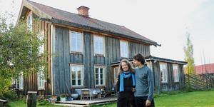 Lisan Bremmers och Jan van der Heyden från Holland fann sitt drömhus i Torsåker i Hofors kommun.