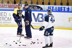 Martin Thörnberg var en av tre utespelare i HV71 som deltog i det frivilliga ispasset på tisdagen.