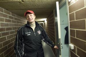 Sportchefen Affe Nordh blir även A-lagstränare i Hudik Hockey.