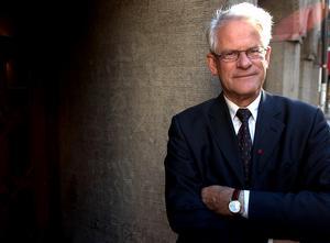Tidigare statsministern, 1986-91 och 1994-96, och S-partiledaren Ingvar Carlsson. Hans parti hade högt väljarstöd på 50 procent fram till valet 1994, i vilket S fick 45,3 procent. Foto: Björn Larsson Ask / SvD / SCANPIX.