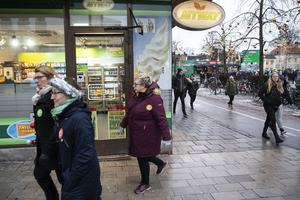 Kiosken i hörnet av Sigmatorget och Stora torget har inte hittills ökat antalet kunder under Musikhjälpen.