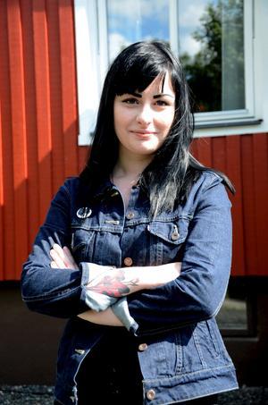 Hälleforstjej. Sara Herou är med och arrangerar körfestival i Örebro.