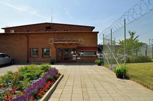 Anstalten i Ystad har plats för 65 intagna i säkerhetsklass 2.  Foto: Kriminalvården
