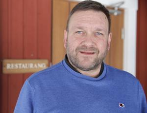 Klubbchefen Tommy Staaf håller inte med om att förekommit samarbetsproblem med Monica och Per Hägerstrand.