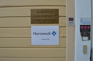Norconsult i Borlänge är ännu i uppstart-fasen. Då får en papperskopia duga som skylt.