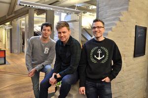Nicklas Hillgren från Gävle började på IT-företaget Swedish Connection för två år sedan. I maj i fjol började Linus Zackrisson, Njurunda, och Per Jenelius, Stockholm, även de från intensivutbildningen Academy.